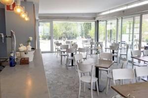 restaurante-la-coma-corner-interior